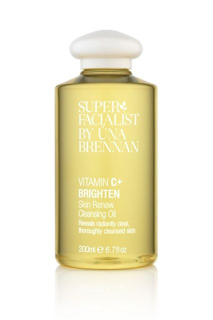 Una Brennan Vitamin C Brighten Skin Renew Cleansing Oil